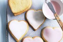 ·Valentine's Day· / What can I say? I can't help but love a holiday that involves pink...and hearts.