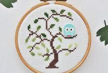 Free Cross Stitch Patterns   Free Embroidery Patterns / Cross Stitch, Blackwork and other techniques. Beautiful patterns, fun and free!
