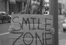 daima gülümse