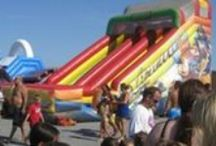 Entertainment Ideas for Company Picnics / NY Party Works can provide all the entertainment for your corporate picnic.