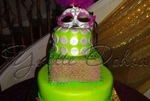 Pastel XV años en Fondant, Mexicali / Sweet 16 cake / Pastel de XV años en Mexicali / Sweet 16 cake