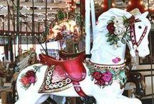 Carrousels en carrouselpaarden / Carrousels en carrouselpaarden / by Simone Verhoef