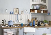 Kitchen / Country Kitchen ideas and inspiration. Painted furniture, fabulous woodwork and wonderful country style rooms.