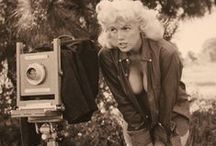 "Bunny Yeager / Linnea Eleanor ""Bunny"" Yeager (March 13, 1929 – May 25, 2014) was an American photographer and pin-up model"