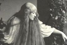 Rapunzel / At the end of the 19th century, most erotic and stunning thing which woman can do was growing a hair to the floor. Real stars in the United States were the Seven Sisters of Sutherland, who has for all 11 meters of hair. In Europe, the XIX century long hair for women was norm. So that today we can admire this beauty.