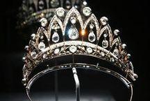 Tiaras/ Crowns