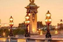 Paris, Oui Oui.