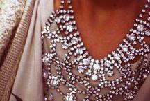 statement necklace / wowza great accessorizing..........!