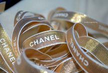Gold n glitter let it shimmer....!