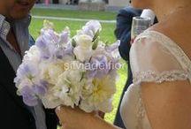 BOUQUET / Il bouquet è il segno distintivo di ogni sposa confezionato su misura, scegliendo la tipologia dei fiori secondo texture e forma e in base all linea compositiva che meglio si adatta alla silhouette e alla personalità della sposa.