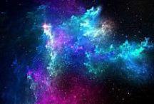 Kosmos / KOSMOS i WSZECHŚWIAT dla mnie to coś niesamowitego. Intryguje mnie do tego stopnia iż często przechodzą mnie ciarki gdy oglądam różne programy dokumentalne na ich temat ;) Gdy byłam mała często lubiłam patrzeć nocą w gwiazdy i mimo iż jestem już dorosła... dalej to robię ;) Moja szalona wyobraźnia podpowiada mi iż z pewnością nie jesteśmy sami we wszechświecie ;) A co wy na ten temat uważacie ?