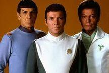 STAR TREK / I am a Star Trek Fan Love the series Enterprise Voyager Next Generation