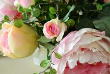 Flora and Fauna / Inspired floral displays