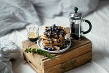 Breakfast in Bed Recipes / Breakfast in bed | breakfast | breakfast of champions | what should i have for breakfast? | breakfast recipes | recipe | recipes | egg recipes | brunch | brunch recipes | french toast | french breakfast recipes | french | france | panckaes | scrambled eggs | maple syrup | fruit | bacon