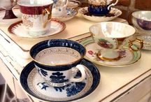 Vintage Teacups / Southern Vintage Table has an extensive collection of beautiful vintage teacups available for your next gathering!