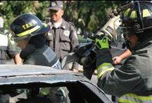 Macrosimulacro Naucalpan 2011 / EMS México brinda apoyo con equipo de Rescate Hidráulico GENESIS para las demostraciones.