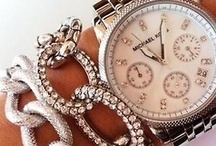 Jewellery & Watches / by Ana Rei