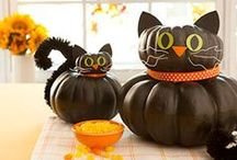 Pumpkin Carving Ideas / Well, not all of them are technically carved...  Let's call them decorated.