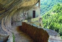 Abruzzo / The region of Abruzzo, Italy