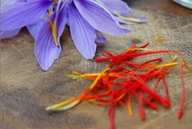 Saffron Martini / Make the most giggle-inducing martini known to man with mood-boosting, homegrown saffron.