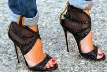 SHOES / Shoes to wear, to have, to dream of