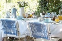 Tablescapes, holidays and parties / by Dina D