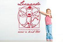 Adesivi Murali per Bambini / E' un prodotto perfetto per i bambini di tutte le età. Disegni originali e vinili colorati che danno un aspetto moderno e vivace . Decorare può essere molto divertente!