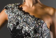 «{ Be The Queen Tonight }» / Dress to impress / by èllén Yôung