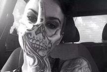 Tatuaże / Tatuaże, lub ich szkice, które przykuły uwagę, które próbuję narysować i wreszcie te które będę miał na sobie.