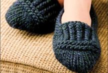 Knitting slippers, socks - Tricot pantoufles et bas