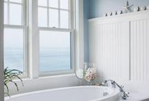 Simply Seaside / Refined comfort and pure beauty are the watchwords of these spectacular coastal kitchen and bathroom spaces.