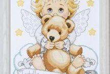 Haft krzyżykowy Aniołki
