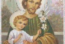 Haft krzyżykowy  Religia