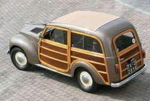 Automobiles Italiennes 1930-1970 / by Jean-Marc RENARD