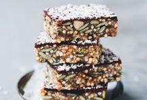 Healthy Bar Recipes / Raw Vegan Protein Bar #bar #bars #healthy #vegan #vegetarian #raw #protein #recipe #dessert #sweet #sugarfree