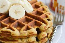 Healthy Pancakes & Waffles / Healthy pancakes and waffles #healthy #vegan #vegetarian #raw #recipe #dessert #breakfast #sweet #protein #sugarfree #paleo #breakfast