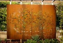 Outdoor Metal Screens / A look at a variety of outdoor laser-cut metal screens