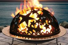 Outdoor Fireplace / Fire Pit / A look at different outdoor fireplace ideas