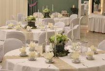 Diana & Kevin / Eine klassisch-moderne Hochzeit in Grün, Weiß und Creme.
