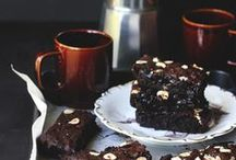 brownies, fudges and bars. / by Nina Gabelica