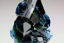 Lazulite (Groupe) / Phosphates : Lazulite, Scorzalite, Hentschelite, Barbosalite