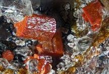 Cordierite (Groupe) / Cyclosilicates : Cordierite, Sekaninaite