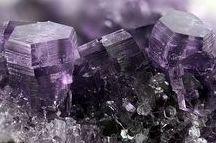 Amesite (Groupe) / Phyllosilicates : Amesite (et polytype -2H), Cronstedtite, Manandonite, Fraipontite, Berthierine, Brindleyite, Kellyite