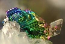 Krennerite (Groupe) / Tellurures : Sylvanite, Calaverite, Krennerite, Kostovite