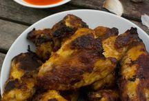 Rezepte - Chicken Wings und Nuggets / Fingerfood für alle! Auf dieser Pinnwand findest du die besten Foodblogger Rezepte für Chicken Wings, Nuggets und passende Saucen. Willst du mitpinnen? Dann schreib mir an katha@katha-kocht.de - bitte pinne hier nur deine eigenen Rezepte und nur ein Bild pro Rezept.