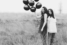 Picture perfect | Sisterhood photoshoot inspiration