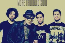 Fall Out Boy / They know how to save rock & roll and thousands of lifes