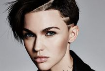 Short - medium haircuts for women / Life's too short to have boring hair..