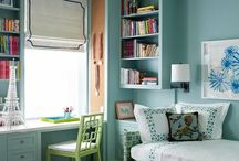 Home office / guest room / It's about trying to harmonize a working office with a bedroom