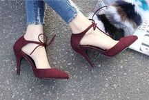 Shoes/Heels / Who doesn't love a good pair?